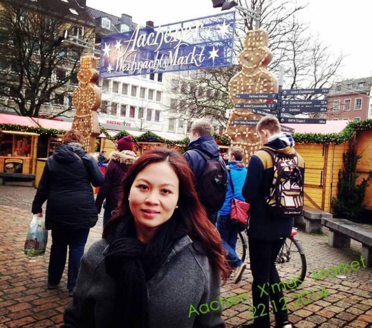aachen kerstmarkt 2014.jpg
