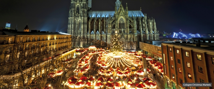 a perfect weekend tour for xmas shopping sharing xmas spirit and exploring medieval centre in monschau a famous xmas market which you must not miss